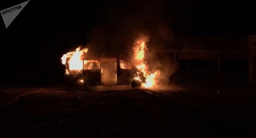 Маршрутка сгорела в Новом районе Сухума