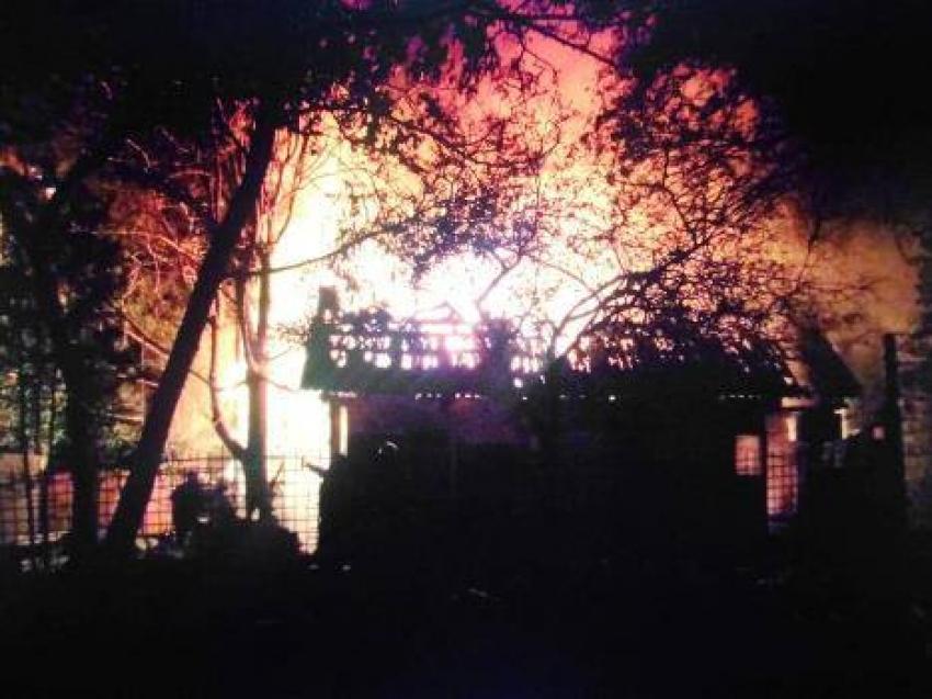 Подозреваемый в двойном убийстве и поджоге задержан в Сухумском районе