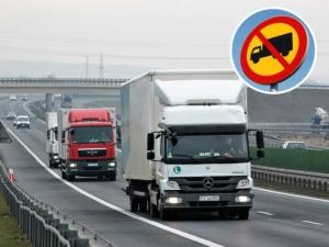 В Сочи в ближайшие сутки вступают в силу семидневные ограничения на движение грузовиков