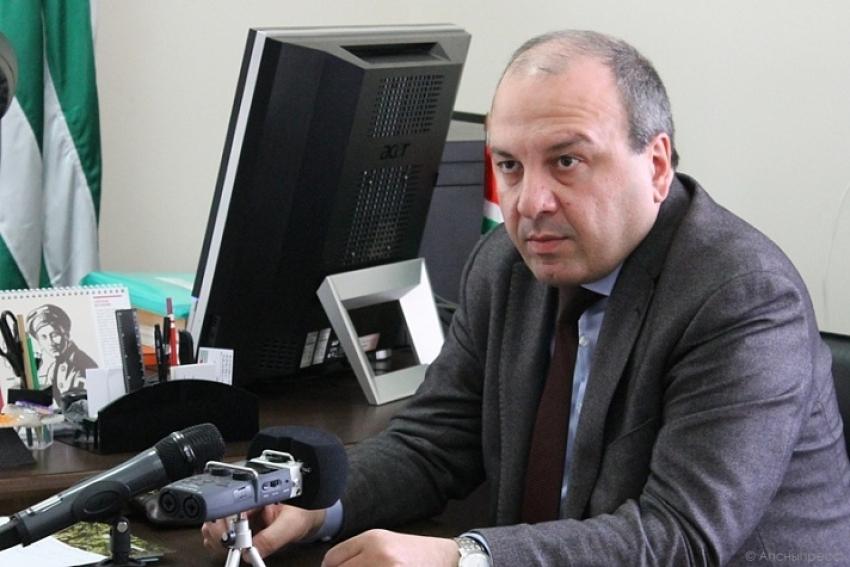 Диспансеризация населения, недостаток кадров и новое медоборудование – министр здравоохранения подвел итоги работы