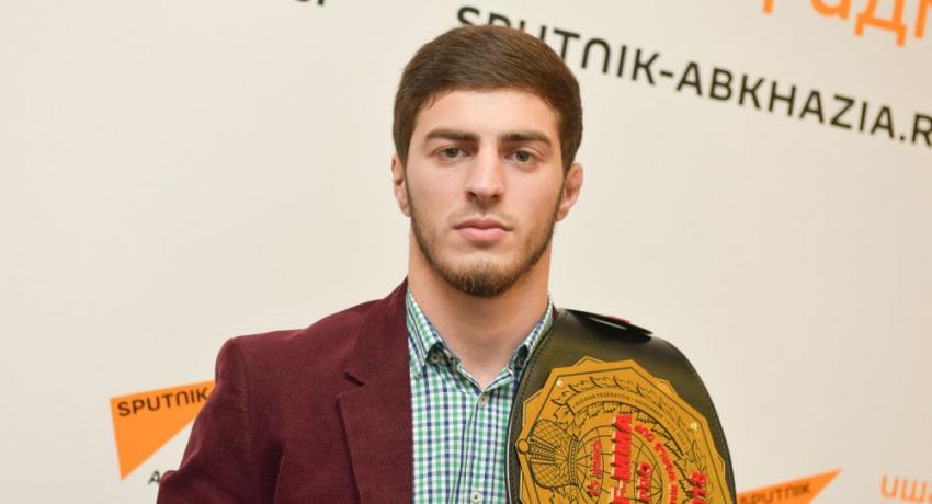 Боксер из Абхазии Энри Агрба стал чемпионом мира по рукопашному бою