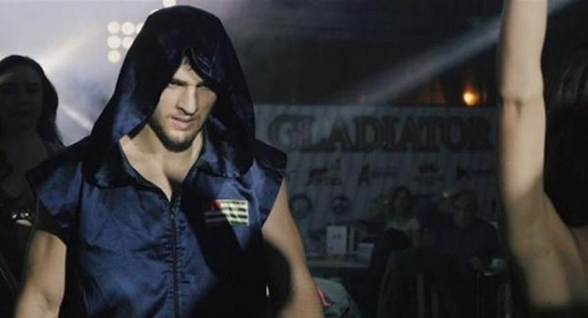 Батал Чежия отправил в нокаут боксера из Грузии