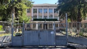 Абхазская неделя: коронавирусное отрезвление и споры о мерах против пандемии