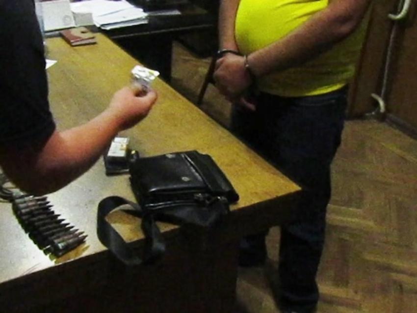 Огнепроводный полимерный шнур и патроны калибра 7.62 мм изъяты у жителя Сухумского района