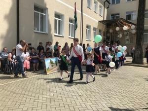 В 155 школах Абхазии прозвенел последний звонок