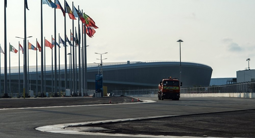 """Движение грузовиков на трассе в Сочи будет ограничено во время """"Формулы-1"""""""
