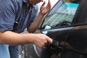 Житель Абхазии приехал в Рязань, чтобы обворовывать автомобилистов