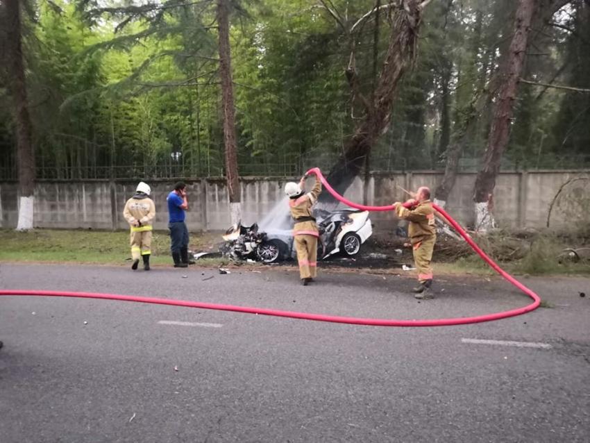 В результате ДТП в Пицунде погибло два человека