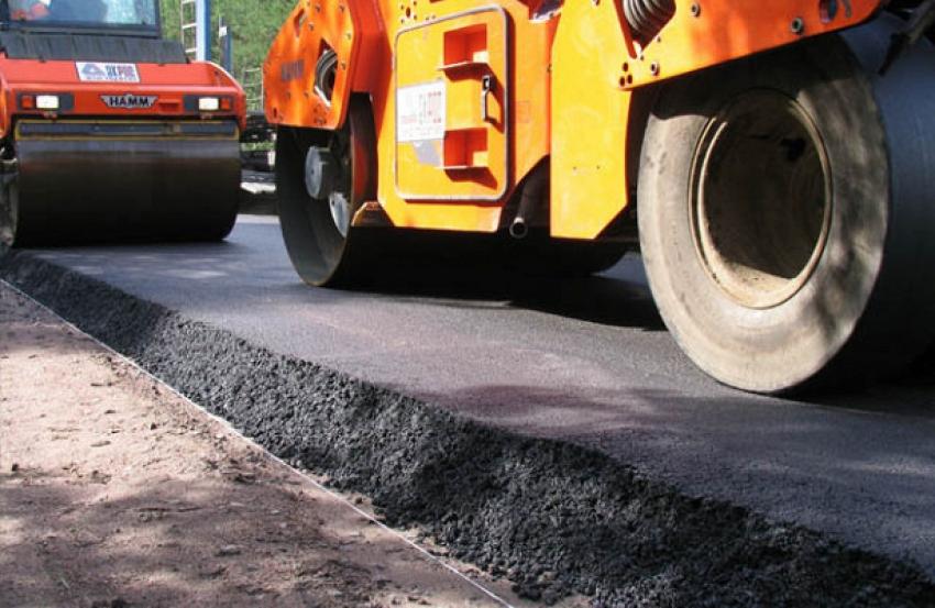 Возле 5-ой средней школы столичными коммунальными службами проведен капитальный ремонт проезжей части дороги